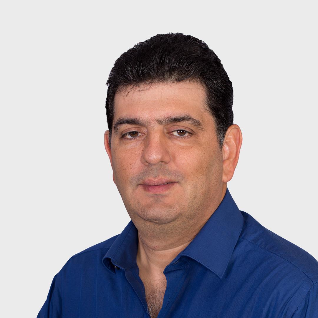 Pablo E Martinez